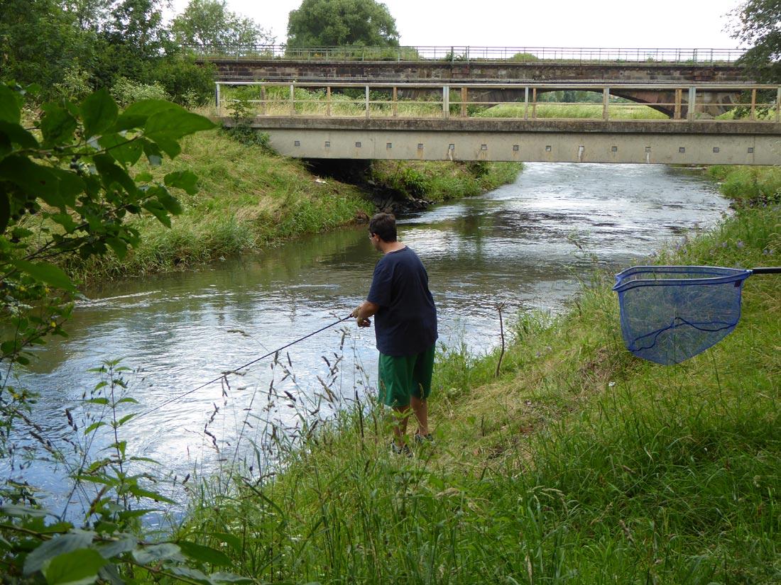 Angler an der Leine